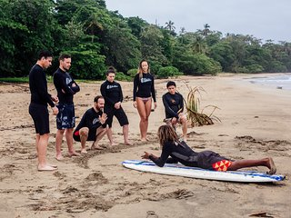 Casa Oshiis Surf: Authentic Home Stay