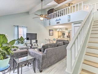 NEW! Panama City Townhome 8 Mi to St. Andrews Bay!