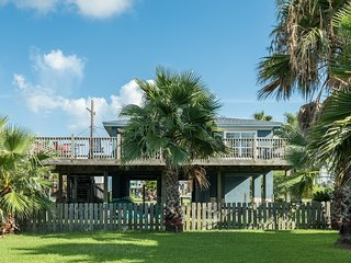 NEW LISTING! Charming dog-friendly home w/beach views - close to the beach