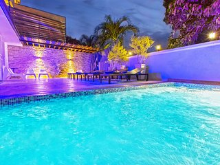 Dominican Republic Bachelor Party 8 BR Modern Colonial Style Mansion PRICE MATCH