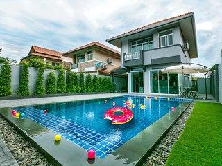 Villa 3 BRD with Pool near Beach & Walking Street