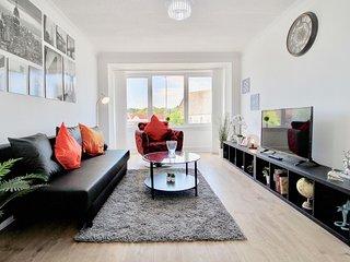 Hamilton Central Apartment - Stylish Brigh Apartment in Central Hamilton