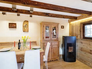 Maisonette Grenè, renovated Chalet at 3 minutes drive from the lift system