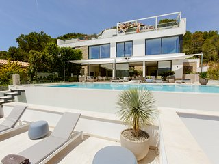 5 bedroom Villa with Pool, Air Con and WiFi - 5810645