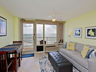 Beach Gem-Newly Renovated Interior-5th Floor Direct OceanFront Studio-Private Ba