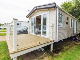 8 berth caravan for hire with decking on Skipsea Sands holiday park ref 41197