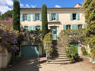 Rare : maison de famille en Monts d'Ardeche