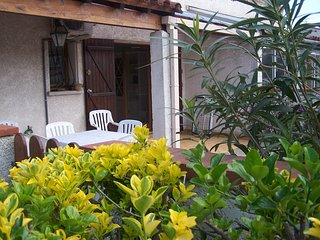 Villa de vacances proche de la plage , des commerces et des marchés.