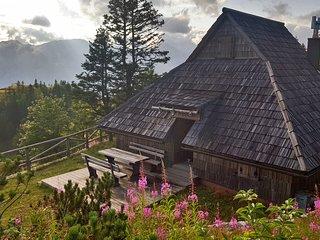 Koca Zlatorog - Velika planina