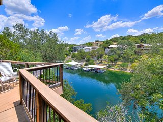 The Tree House On Lake Travis