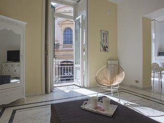 Re Vittorio Emanuele Luxury Apartment