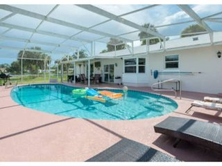 Quiet Pool home with private fence, lake access, and lake view!