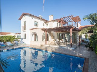 Kymma Villa 22, Very Nice 3 Bed Villa with Pool