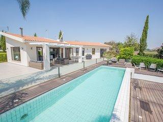 Oscar Domain, Luxury 4 Bed Villa in Protaras Center