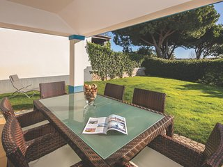 Quinta do Lago Apartment Sleeps 4 with Pool Air Con and WiFi - 5810644