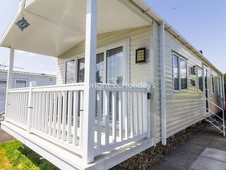 Luxury caravan at Southview Holiday park near Skegness ref 33005M