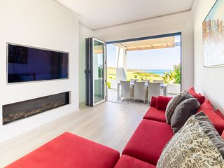 Refurbished, Modern, Spacious, Open-Plan, Sea-Golf Views to the Mediterranean