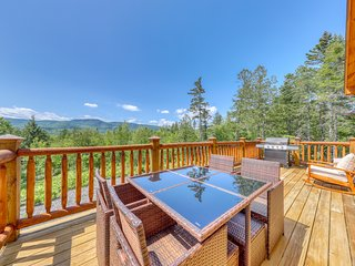 The Escape at Thunder Snow NEW Sunday River lodge w/stunning views to wake up to