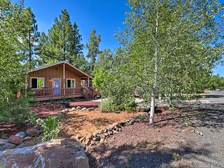 NEW! Renovated Munds Park Cabin w/Furnished Deck