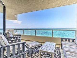 Beachfront Destin Condo w/Resort Pool & Spa!