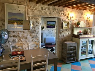 Historic town house in centre Vaison, stone throw away from pont romain