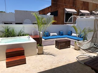 Zona Colonial studio with spacious roof terrace