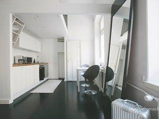 Lovely Studio WeHost *Fabianinkatu