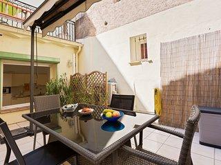 Meynadier Apartment II, con terraza y wifi gratis