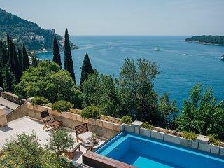 Beautiful Villa Paulina, in Dubrovnik, with a Pool