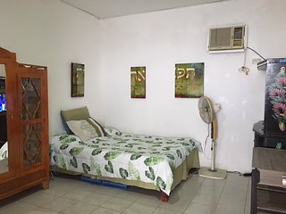 Panagsama Beach Studio for Rent in MoalBoal