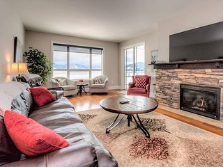 Seasons at Sandpoint - Lakefront Condo with Bunk Beds - Great for Families