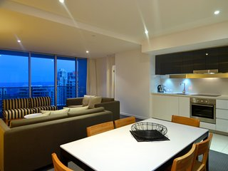 GCHR Orchid Residences Apt 13005 - 3 BR Level 30 (1Q+2D)
