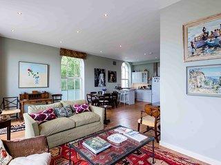 Bright Fulham Mill Apartment - ARB