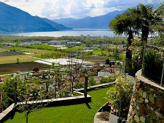 Beautiful Apartment with lake-view (Lago Maggiore)