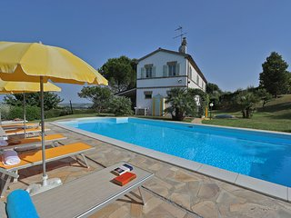 VILLA LA CAPUCCINA - Private villa, pool, beach 20 km, wi-fi, air conditioning