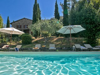 CASALE SAN FRANCESCO - Private Farmhouse with pool, wi-fi, pet-friendly, Assisi