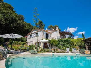 Les Veyans Villa Sleeps 6 with Pool and WiFi - 5810727