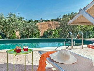 VILLA ROSA - Private Villa with Pool, wi-fi, beach 25Km, air-co, pet-friendly