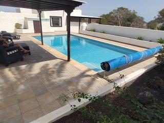 Ferienhaus mit Pool in ländlicher Umgebung