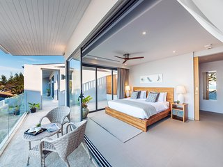 Twin Villas Natai North - 5 Bedrooms Luxury Beachfront Villa