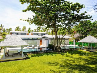 Twin Villas Natai - 10 Bedrooms Luxury Beachfront Villa