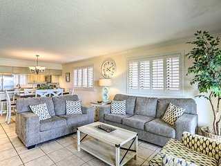 Renovated Kid-Friendly Condo-Beachfront & Poolside