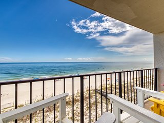 NEW LISTING! Gulf front condo w/shared pools, tennis, & beach access!