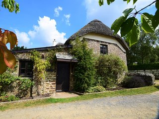 75872 Cottage situated in Bishops Tawton