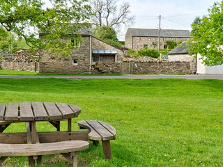 The Brew House - Countryside self-catering cottage with optional Hot Tub, just f