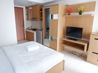 Pleasant Studio Margonda Residence 3 by PinManage, Near Public facilities