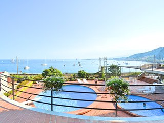 Taormina Mare Holiday House - apartment in residence with swimming pool and comm