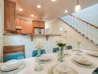 FOA1: 3/2.5 New Construction Ideal Mt View Locale