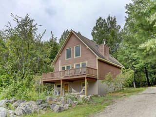*NEW LISTING* 3BR Home Near Skiing w/ Great Views, Sauna, Cable & WiFi!