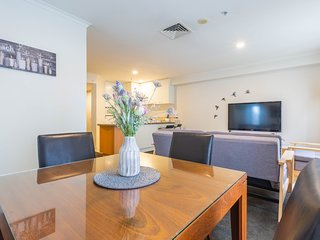 Spacious Apartment in Central Auckland